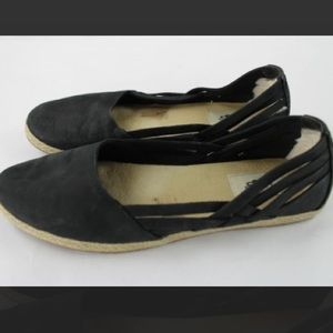 🎉SALE🎉Ugg Tippie slip on shoes